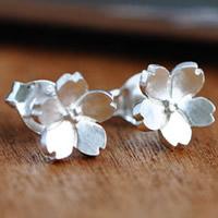 Messing Ohrstecker, mit Kunststoff Ohrmutter, Blume, versilbert, 8mm, verkauft von Paar