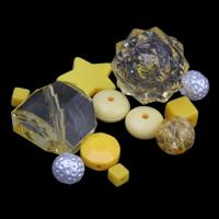 Gemischte Acrylperlen, gemischte Materialien, gelb, 4x4mm-20x30x12mm, Bohrung:ca. 1-2mm, ca. 1000PCs/Tasche, verkauft von Tasche