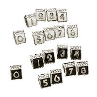 Strass Zinklegierung Perlen, Dreieck, antik silberfarben plattiert, mit einem Muster von Nummer & ohne troll & Emaille & mit Strass, keine, frei von Nickel, Blei & Kadmium, 7x9x10mm, Bohrung:ca. 5mm, 100PCs/Menge, verkauft von Menge