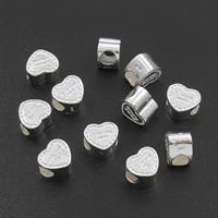 Messing Schmuckperlen, Herz, silberfarben plattiert, mit Brief Muster, frei von Nickel, Blei & Kadmium, 9.5x8.5x6.5mm, Bohrung:ca. 4mm, verkauft von PC