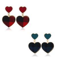 Zinklegierung Tropfen Ohrring, mit Baumwolle, Herz, goldfarben plattiert, für Frau, keine, frei von Nickel, Blei & Kadmium, 15mm, 27x42mm, verkauft von Paar